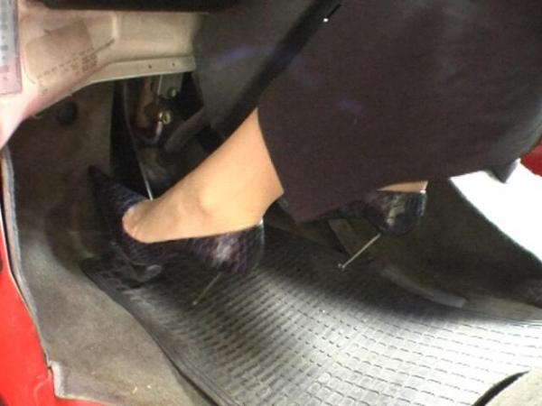 Pedal Lady Damn High Heels